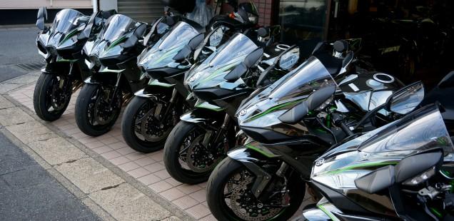 カワサキ H2 ガラスコーティング フィルムコーティング済み車両の扱い方と 8月満員御礼のお知らせ バイク CR-1