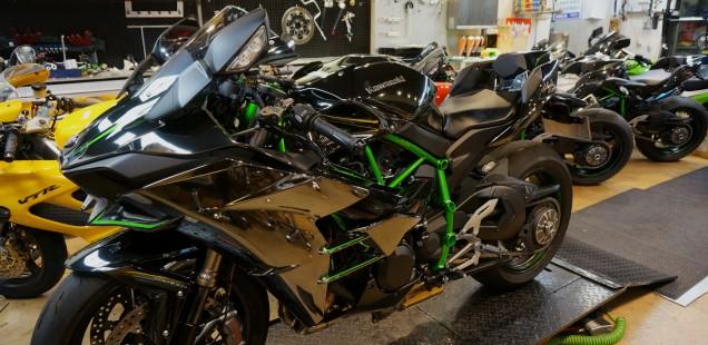 ninja H2 カワサキ バイク ガラスコーティング フィルムコーティング 愛知県名古屋市 千葉県 東京都