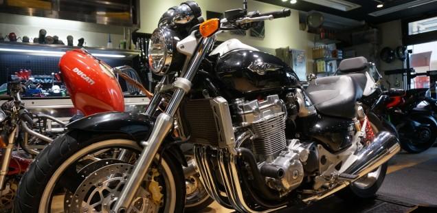 ホンダ X-4 ガラスコーティング フィルムコーティング PPF バイク ペイントプロテクションフィルム 千葉県松戸市