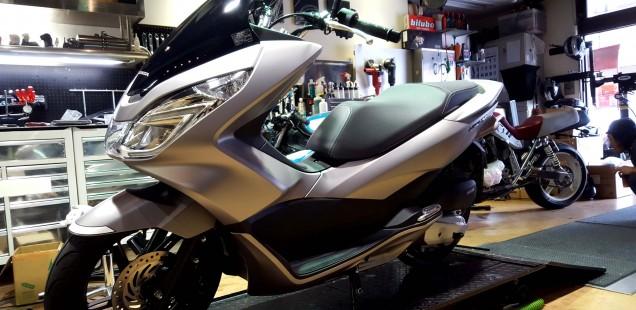 ホンダ PCX125 つや消し 艶消し バイク ガラスコーティング MGR マジックガラスコーティングレボリューション 千葉県 松戸市 東京都