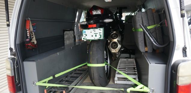 長野県松本市からNINJA H2 バイク フィルムコーティング ガラスコーティング