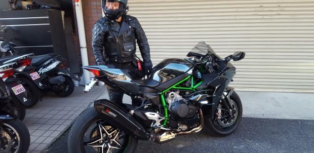Ninja H2 除電カスタム! 除電ボルトをバイクに入れる! 魔法のボルト バイク オートバイ 静電気